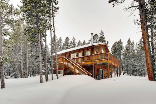 Check Expedia for Availability of Gold Trail Retreat 4 Bedrooms 2 Bathrooms Cabin