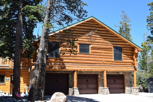 Check Expedia for Availability of The Lodge at Flamingo Acres 2 Bedrooms 1 Bathroom Cabin