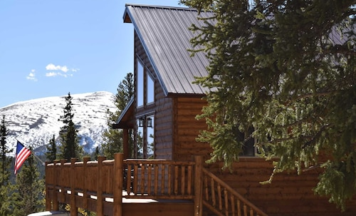 Check Expedia for Availability of Snowshoe Inn on Mountain View 3 Bedrooms 3 Bathrooms Cabin