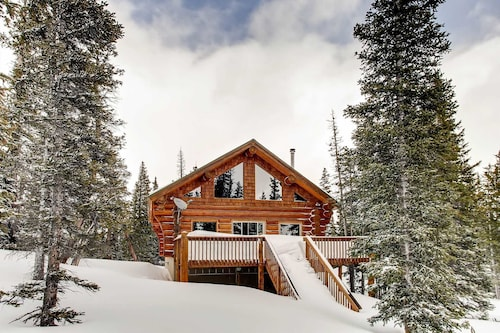 Check Expedia for Availability of Ptarmigan Lodge 3 Bedrooms 2 Bathrooms Cabin