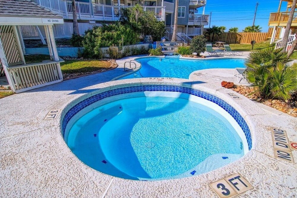 Pool, Sea Side View 2 Bedroom Condo