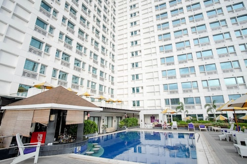 SR Vacation Rental - Grand Cenia Residences