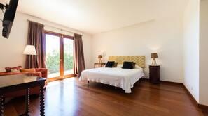 1 dormitorio y espacio para trabajar con un portátil