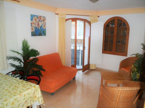 Blanes Center Apartment Near Beach