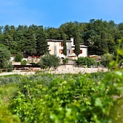 B & B Le Corone, a Paradise Among the Hills of Valpolicella and Lake Garda