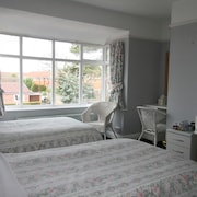 Heatherlea Guest House - Adults Only