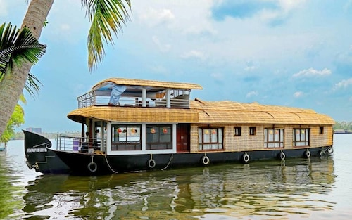 Lake India House Boats