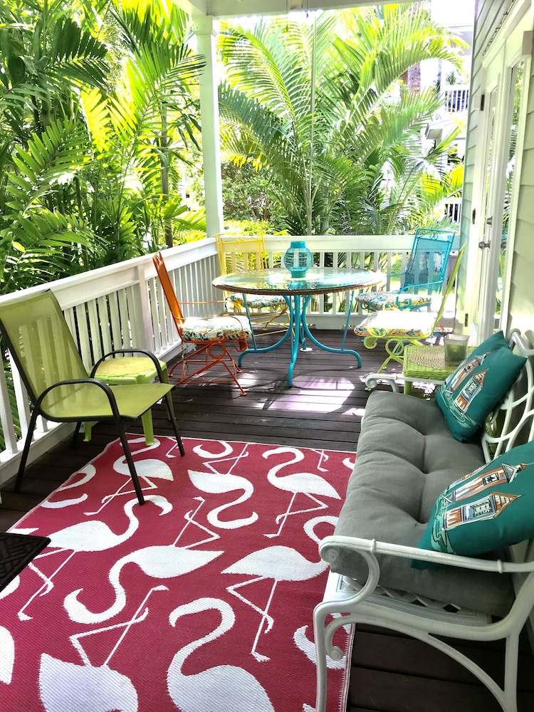 Balcony, Casa Capri Beautiful Tropical Style House With 3 King Suites Pool 2 mi to Beach