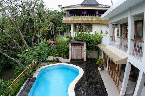 Ubud Luxury Amala