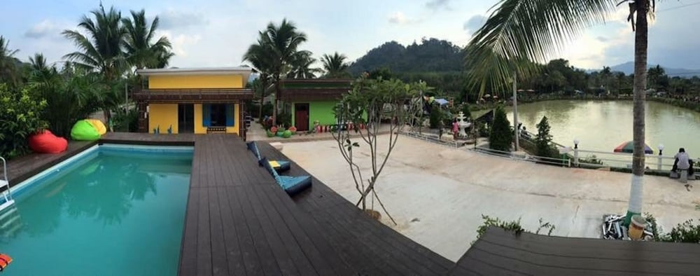 Outdoor Pool, Wichuda Fishing Park & Homestay