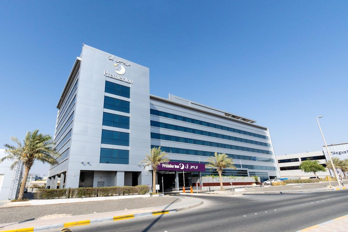 44 Premier Inn Abu Dhabi Int Airport in Abu Dhabi   Expedia