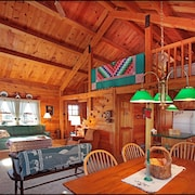 Pocono Log Home Getaway - Families & Adults Age 25 & Older