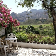 Cortijo Grande - Two bed Holiday Home, Beautiful Valley nr Mojacar, South Spain