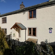 17th Century Lake District Cottage Sleeps 4 in Newby Lake District and Eden Valley Ullswater