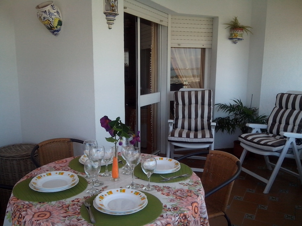 Balcony, Apartment with 2 bedrooms only 150 meters from the beach