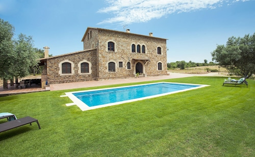 Farmhouse Llabia Emporda House With Swimming Pool Costa Brava 14 p
