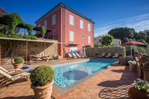 Beautiful Villa With Private Pool, Near Volterra, San Gimignano and Pisa