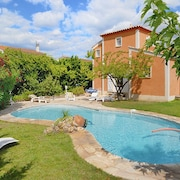 Modern Villa in an Idyllic Languedoc Village, With Private Pool, Garden, Terrace and Barbecue