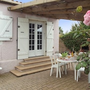 Bright Villa Near the sea in Frontignan With 3 Bedrooms, Garden and Furnished Terrace