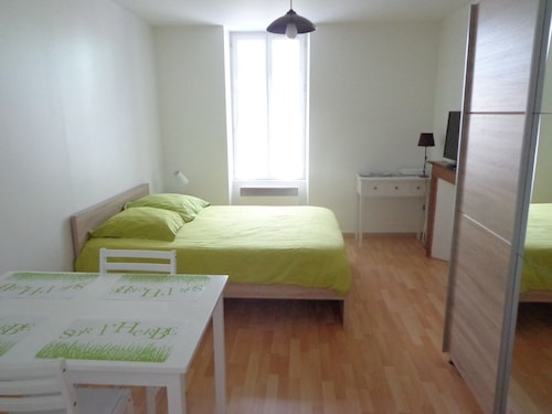 Apartment for 2 People in the Center of a