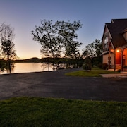 Luxury Lakefront Villa~amazing View~2 Pools~free Resort Amenities~dock~kayaks