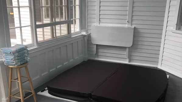 8 bedrooms, Internet