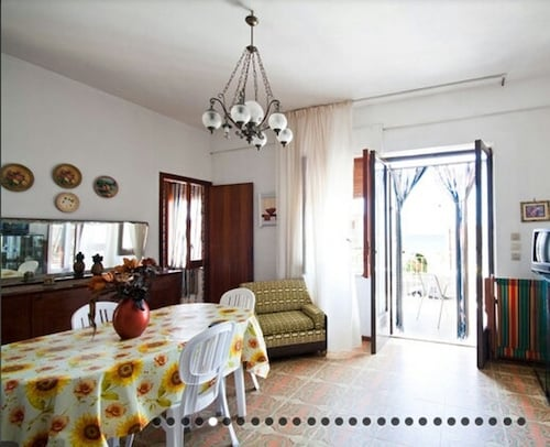House With 4 Bedrooms in Alcamo, With Wonderful sea View, Furnished Terrace and Wifi - 200 m From the Beach