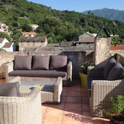 Fully-restored, 5-bedroom House in Pietra-di-verde With a two Furnished Terraces and Gorgeous Views!