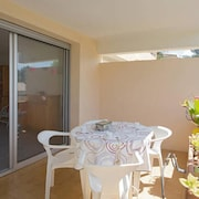 Studio in Bormes-les-mimosas, With Enclosed Garden and Wifi - 400 m From the Beach
