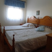 House With 3 Rooms in Budens, With Wonderful sea View, Terrace and Wifi - 200 m From the Beach