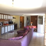 Apartment With 2 Bedrooms in Etang-salé les Hauts, With Enclosed Garden and Wifi - 4 km From the Beach