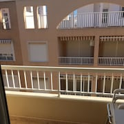 Apartment With 2 Rooms in Guardamar del Segura, With Furnished Balcony - 300 m From the Beach