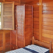Chalet With one Bedroom in Barra do Jacuipe, With Pool Access, Furnished Garden and Wifi - 4 km From the Beach