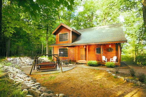 Prime Best Cabins In Ludington For 2019 Find Cheap 50 Cabins Download Free Architecture Designs Crovemadebymaigaardcom