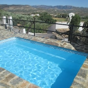 House With 3 Bedrooms in Córdoba, With Wonderful Mountain View, Pool Access and Furnished Terrace - 90 km From the Beach