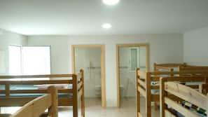 9 bedrooms, desk