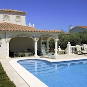 Villa With 3 Rooms in Ampolla, With Wonderful sea View, Private Pool, Furnished Garden
