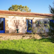 House With 2 Bedrooms in Froidfond, With Pool Access and Furnished Terrace - 32 km From the Beach