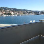 Apartment With 2 Bedrooms in Rab, With Wonderful sea View, Enclosed Garden and Wifi - 300 m From the Beach