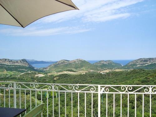 Stunning Villa Apartment in Barbaggio w/ BBQ Terrace, Kids Pool, Wifi, Mountain- & sea Views