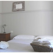Apartment With one Bedroom in Cortona, With Pool Access, Enclosed Garden and Wifi