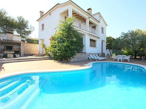 Villa With 6 Bedrooms in Canyelles, With Wonderful Mountain View, Private Pool, Enclosed Garden - 6 km From the Beach