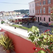 Apartment With one Room in Rovinj, With Wonderful sea View, Furnished Terrace and Wifi - 100 m From the Beach