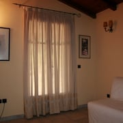 Bright and Quiet House With 2 Rooms in Corfou, With Wonderful Mountain View - 1km From he Beach