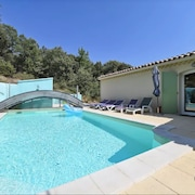 House With 3 Rooms in Tornac, With Private Pool, Enclosed Garden and Wifi