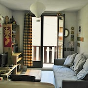 Apartment With one Bedroom in Aiguilles, With Wonderful Mountain View and Balcony - 5 km From the Slopes
