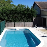 House With 4 Rooms in Courrensan, With Private Pool, Furnished Garden and Wifi - 140 km From the Beach