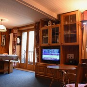 Apartment in Val-d'isère, With Wonderful Mountain View and Wifi - at the Foot of the Slopes