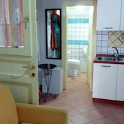 Studio in Petrosa, With Enclosed Garden and Wifi - 5 km From the Beach