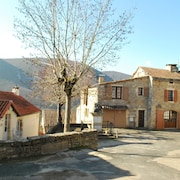 House With 2 Bedrooms in Mostuéjouls, With Wonderful Mountain View